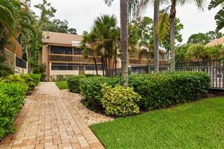 3051 Willow Grn #2, Sarasota, FL 34235