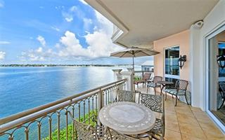 420 Golden Gate Pt #500a, Sarasota, FL 34236