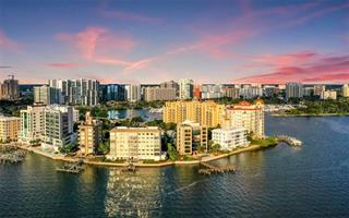 350 Golden Gate Pt #23, Sarasota, FL 34236