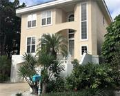 Very attractive curb appeal. - Single Family Home for sale at 3947 Somerset Dr, Sarasota, FL 34242 - MLS Number is A4201541