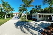 Single Family Home for sale at 5144 Gulf Of Mexico Dr, Longboat Key, FL 34228 - MLS Number is A4422649