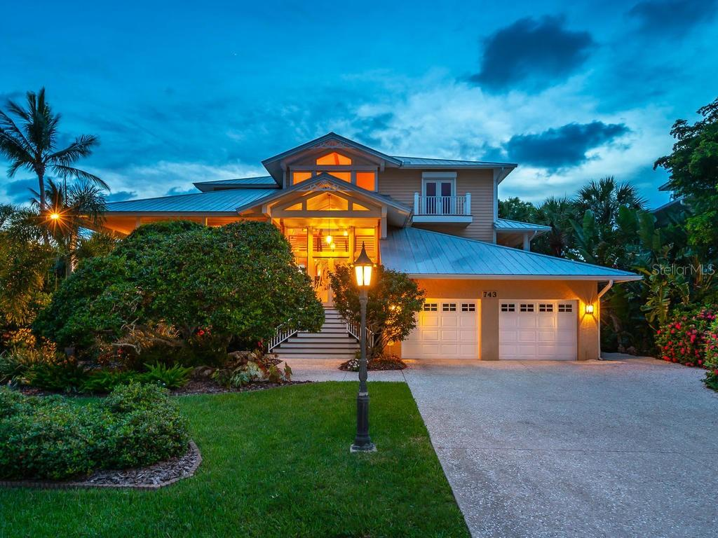 New Supplement - Single Family Home for sale at 743 Eagle Point Dr, Venice, FL 34285 - MLS Number is N6101092