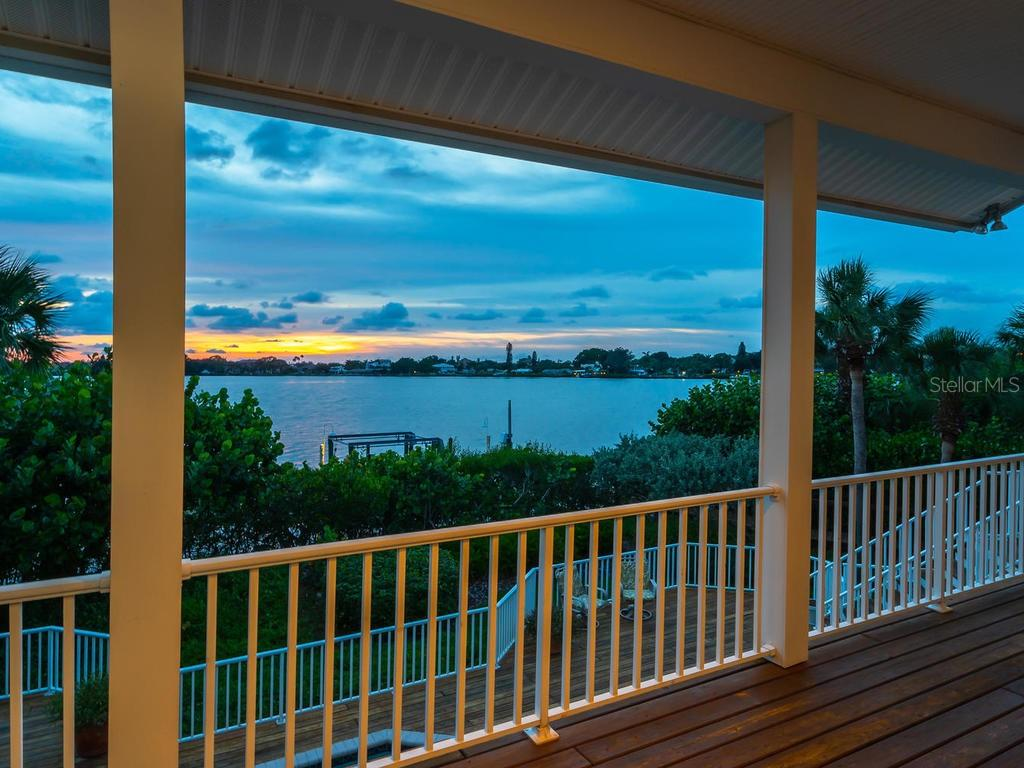 Sunset view - Single Family Home for sale at 743 Eagle Point Dr, Venice, FL 34285 - MLS Number is N6101092