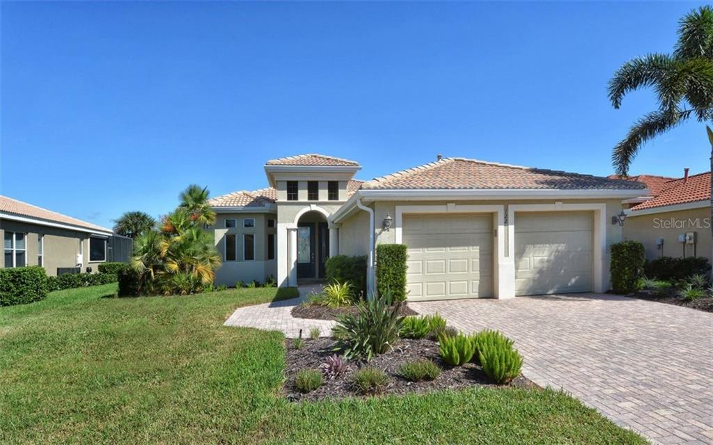 Single Family Home for sale at 122 Cipriani Way, North Venice, FL 34275 - MLS Number is N6102310