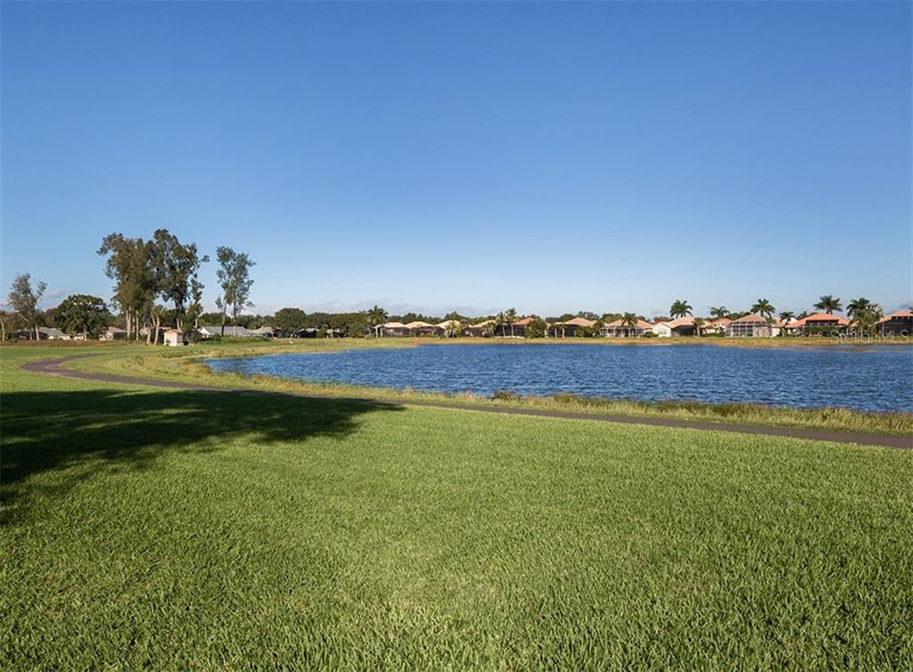 Lake view - Single Family Home for sale at 515 Park Estates Sq, Venice, FL 34293 - MLS Number is N6103193