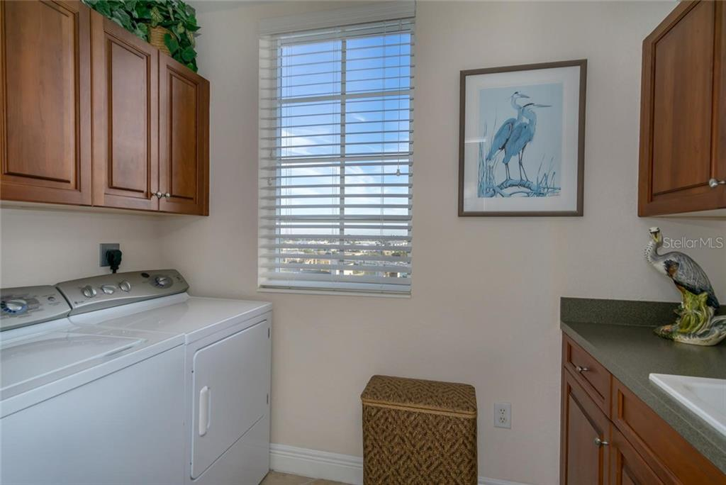 Condo for sale at 167 Tampa Ave E #815, Venice, FL 34285 - MLS Number is N6103775